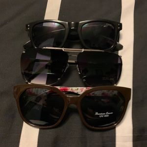 Bundle of sunglasses